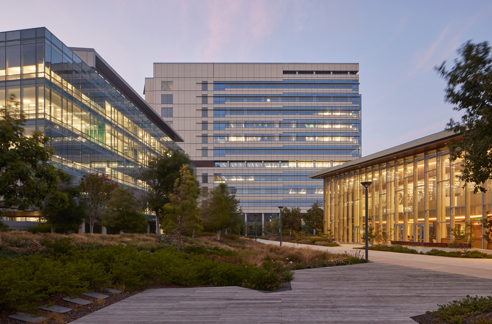 BioMed Realty - Gateway of Pacific, Phase I