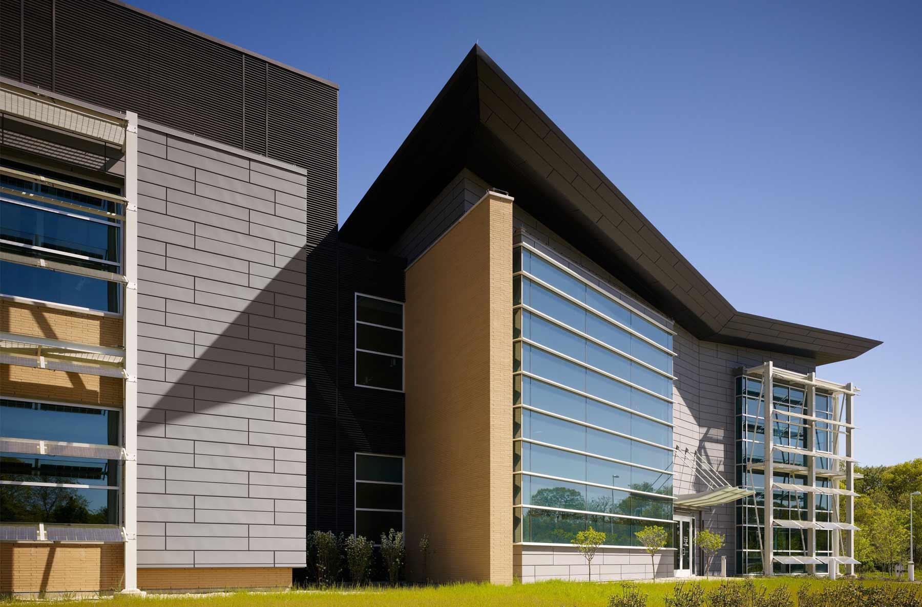 Stony Brook University - Advanced Energy Center
