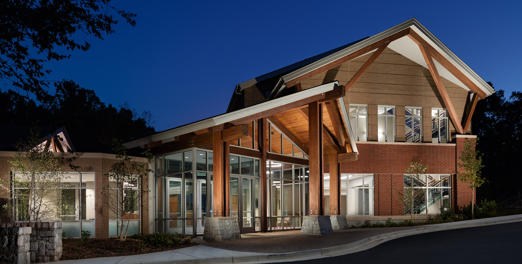 A Collaborative Home : The Center for Molecular Medicine Opens to Accolades at The University of Georgia