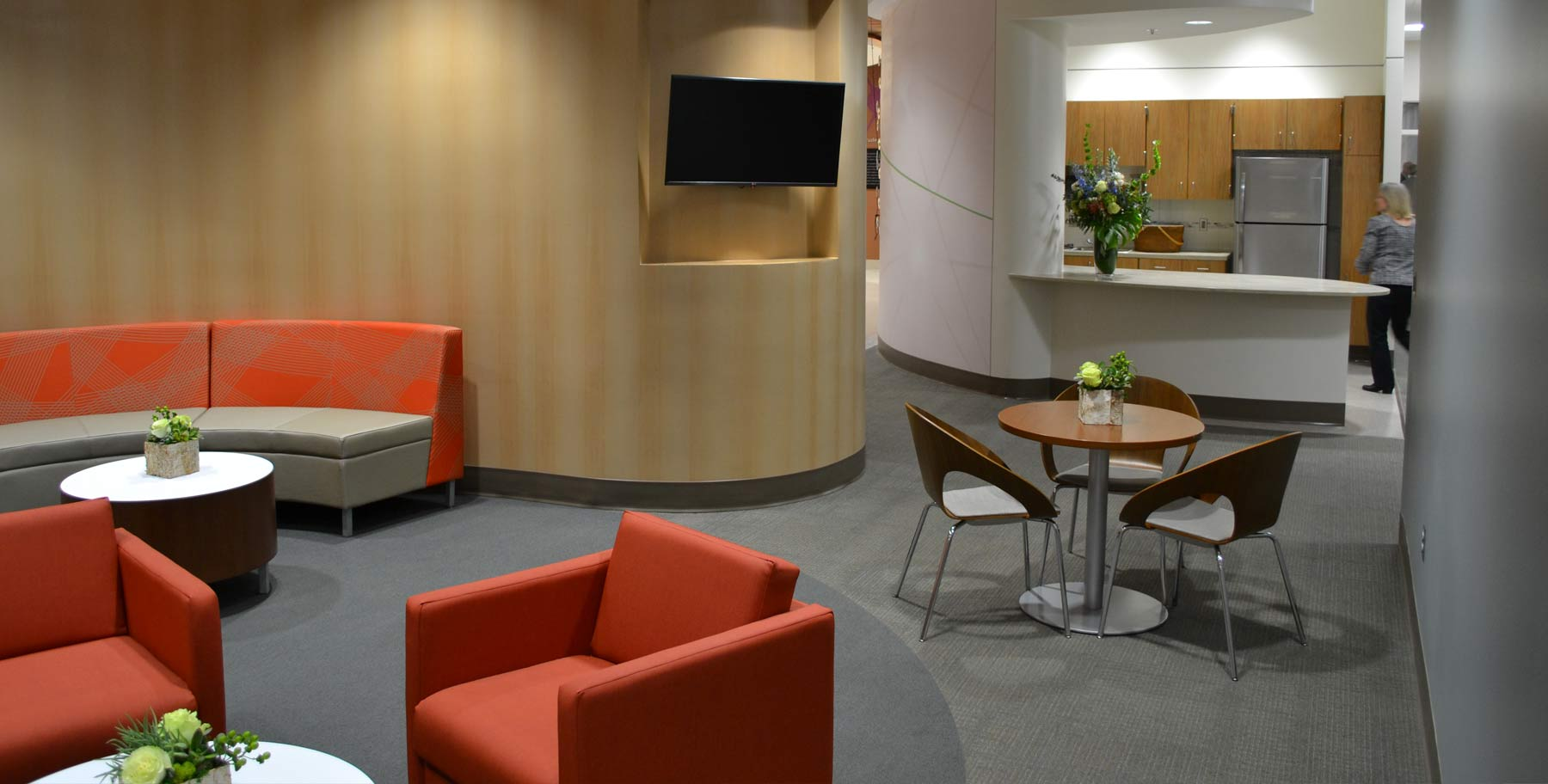 UMMC Translational Research Center Waiting Area | Flad Architects