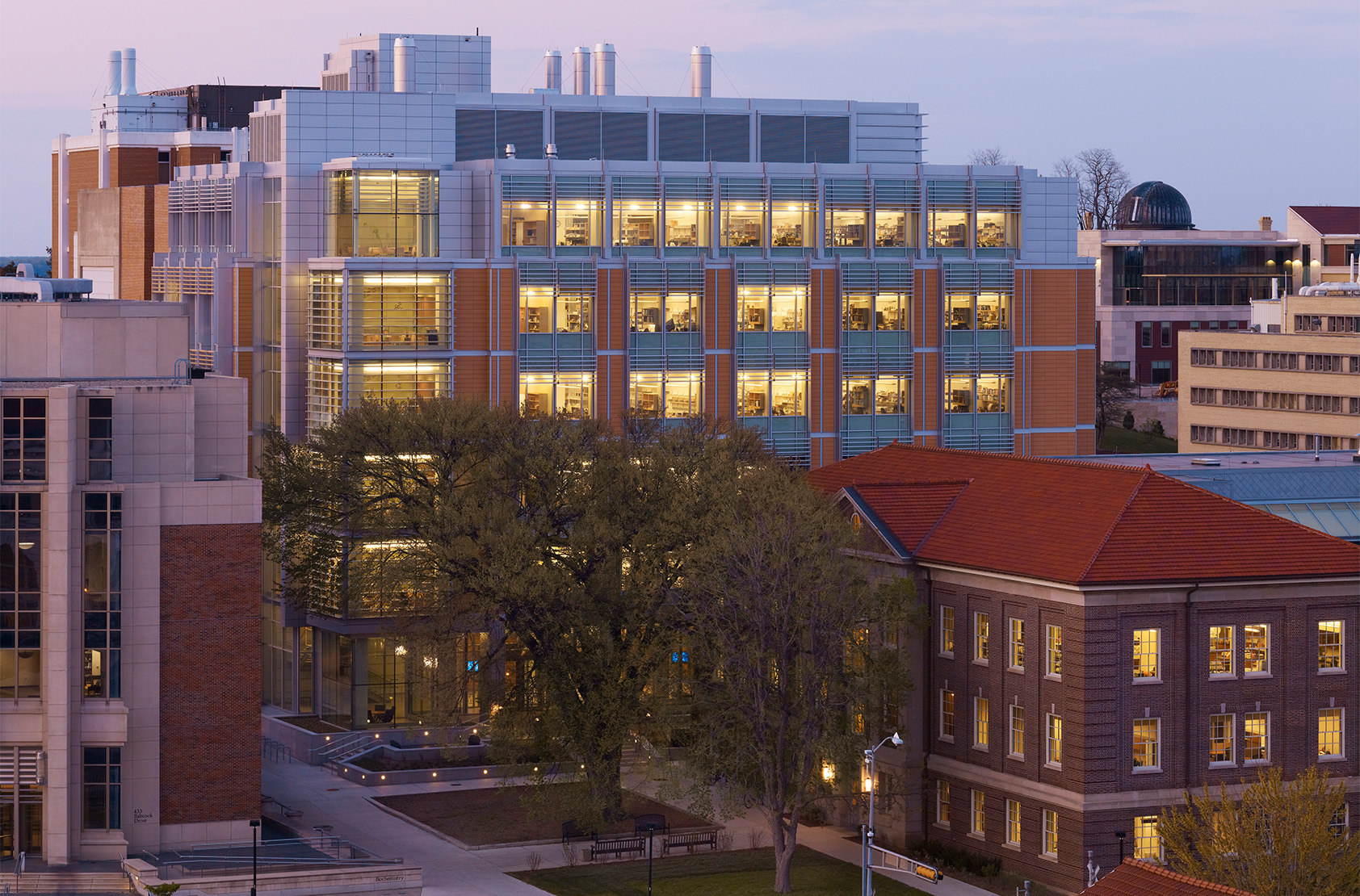 University of Wisconsin, Madison - Biochemical Sciences Complex