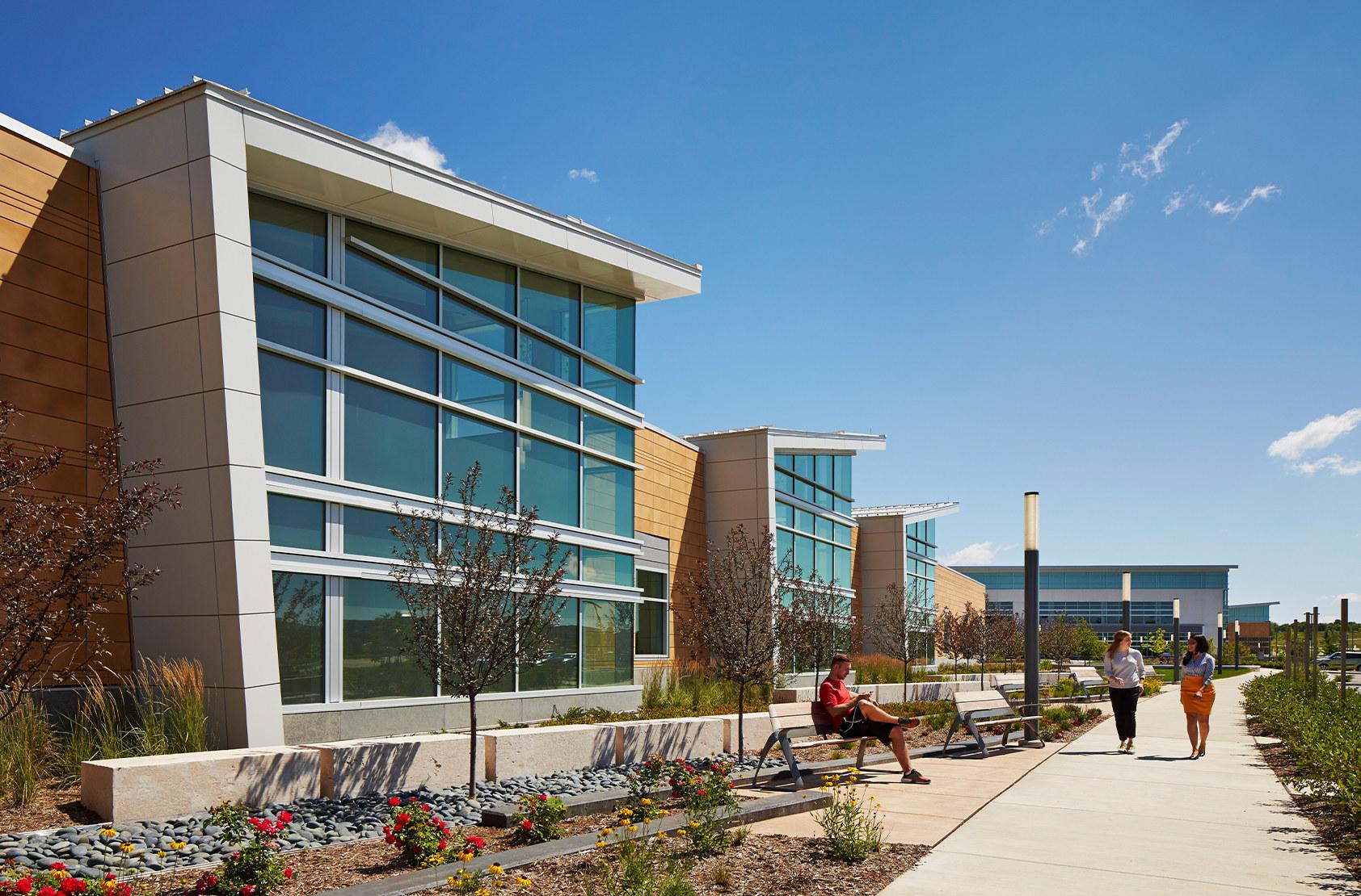 UW Health at the American Center - Satellite Hospital