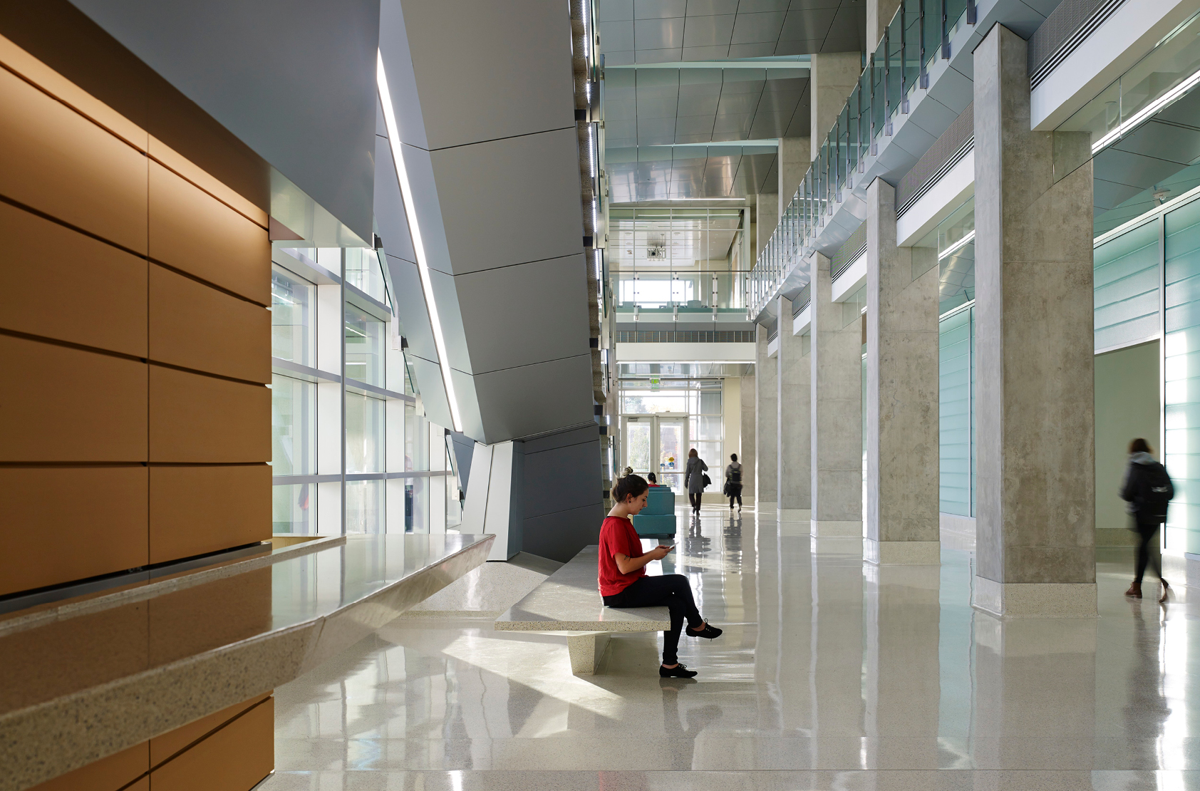 University of Wisconsin - Milwaukee - Kenwood Interdisciplinary Research Complex